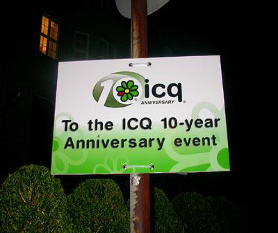 icq 10th anniversary event Malkasten Düsseldorf sign