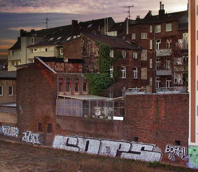 COPS Schinkelstrasse Franklinbruecke Düsseldorf