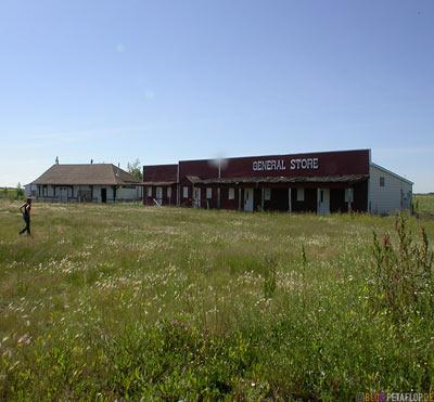 abandoned-Shops-verlassene-Geschaefte-near-Langenburg-Saskatchewan-Canada-Kanada-DSCN8717.jpg