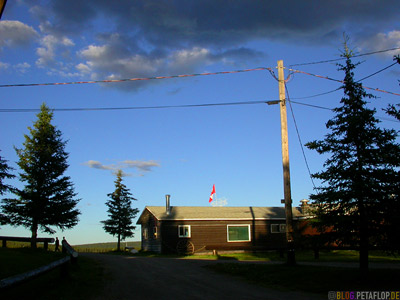 Blue-Sky-Buckinghorse-Lodge-Alaska-Highway-British-Columbia-Canada-Kanada-DSCN9942.jpg