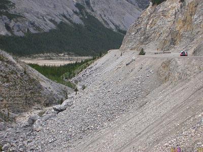 Boulder-Geroell-Northern-Rocky-Mountains-Alaska-Highway-British-Columbia-Canada-Kanada-DSCN0120.jpg
