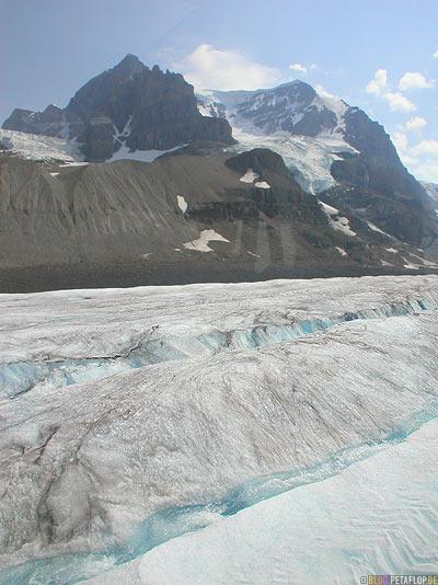 Brewster-Bus-Tour-Trip-on-Athabasca-Glacier-Gletscher-Columbia-Icefield-Jasper-National-Park-Rocky-Mountains-Alberta-Canada-Kanada-DSCN9520.jpg