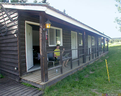 Buckinghorse-Lodge-Alaska-Highway-British-Columbia-Canada-Kanada-DSCN0070.jpg