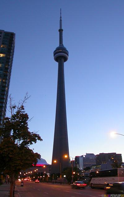 CN-Tower-Toronto-Ontario-Canada-Kanada-DSCN7689.jpg