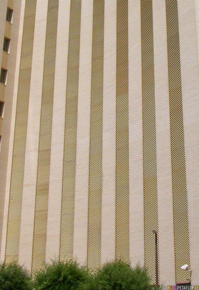 facade-power-supply-company-Fassade-Stromlieferant-Regina-Saskatchewan-Canada-Kanada-DSCN8835.jpg