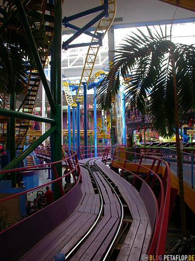 Galaxyland-Vergnuegungspark-West-Edmonton-Mall-Alberta-Canada-Kanada-DSCN9848.jpg