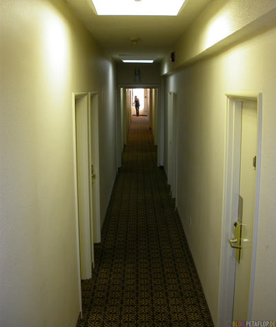 Hotelflur-Hotel-corridor-Days-Inn-Roncesvalles-Ave-14-Toronto-Ontario-Canada-Kanada-DSCN7530.jpg