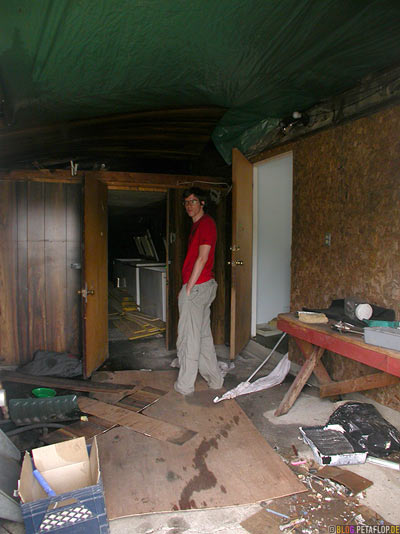 Interior-Schuppen-Rotten-Motel-verfallenes-near-Wawa-Trans-Canada-Highway-Ontario-Canada-Kanada-DSCN8099.jpg