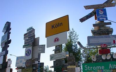 Koeln-Duesseldorf-Signpost-Forest-Schilderwald-Alaska-Highway-Watson-Lake-Yukon-Canada-Kanada-DSCN0371.jpg