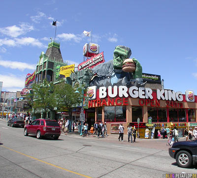 Niagara-on-the-falls-Niagara-Falls-Ontario-Canada-Kanada-DSCN7581.jpg