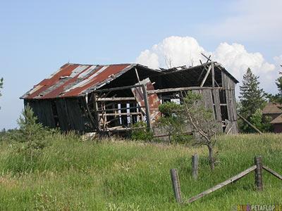 Old-Farm-Shed-alte-Scheune-verfallene-rotten-Ontario-Canada-Kanada-DSCN7999.jpg