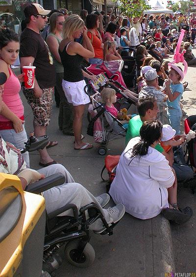 People-at-Street-Festival-Strassenfest-Grande-Prairie-Alberta-Canada-Kanada-DSCN9949.jpg