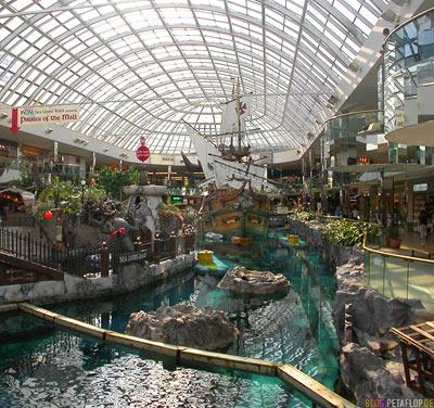Pirate-Ship-Piratenschiff-West-Edmonton-Mall-Alberta-Canada-Kanada-DSCN9889.jpg