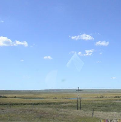 Prairie-Praerie-blauer-Himmel-blue-sky-gras-lands-Saskatchewan-Canada-Kanada-DSCN8860.jpg
