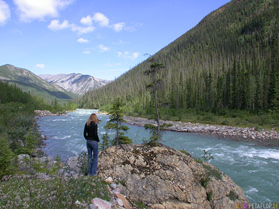 River-Wilderness-Wildnis-Fluss-Alaska-Highway-BC-British-Columbia-Canada-Kanada-DSCN0302.jpg