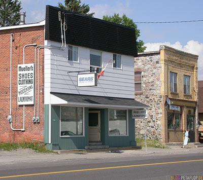 Sears-Muellers-Old-houses-alte Haeuser-Bruce-Mines-Ontario-Canada-Kanada-DSCN7996.jpg