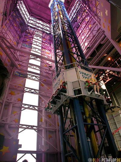 Spaceshot-Galaxyland-Vergnuegungspark-West-Edmonton-Mall-Alberta-Canada-Kanada-DSCN9845.jpg