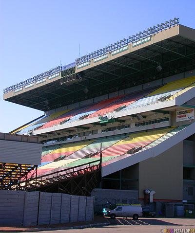 Stadium-grandstand-Stadion-Tribuene-Regina-Saskatchewan-Canada-Kanada-DSCN8831.jpg