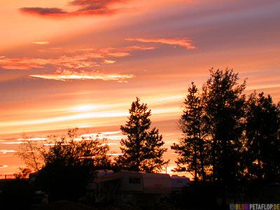 Sunset-Sonnenuntergang-Abendhimmel-Northern-Lights-RV-Park-Campground-Campingplatz-Dawson-Creek-British-Columbia-Canada-Kanada-DSCN9987.jpg