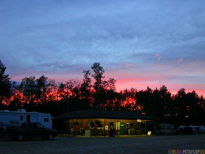 Sunset-Sonnenuntergang-Sherks-RV-Park-campground-Campingplatz-Valleyview-Alberta-Canada-Kanada-DSCN9938.jpg