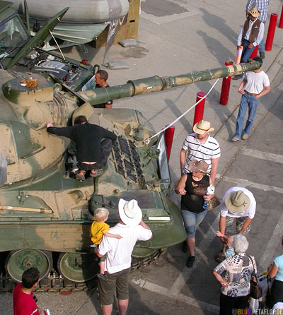 Tank-Panzer-Calgary-Stampede-2007-Alberta-Canada-Kanada-DSCN9046.jpg