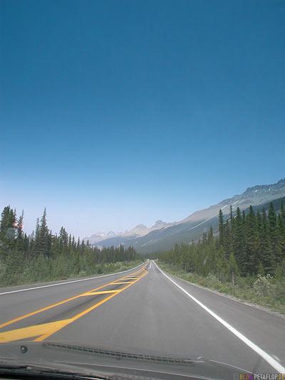 Trans-Canada-Highway-1-Jasper-National-Park-Rocky-Mountains-Alberta-Canada-Kanada-DSCN9443.jpg
