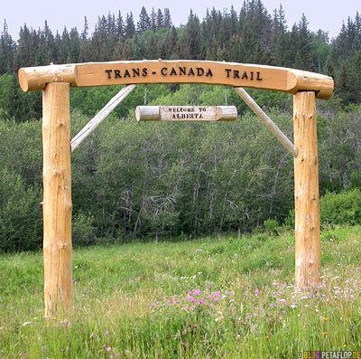 Trans-Canada-Trail-Welcome-to-Alberta-Border-Grenze-Grenzuebertritt-Cypress-Hills-Zypressenhuegel-Saskatchewan-Alberta-Canada-Kanada-DSCN8945.jpg