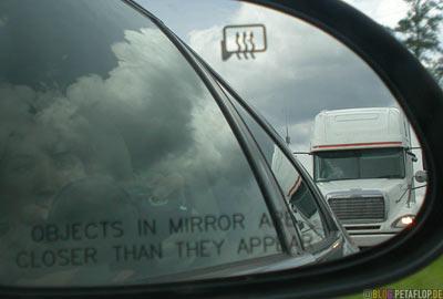 Truck-tailgater-LKW-Draengler-Trans-Canada-Highway-Ontario-Kanada-DSCN8318.jpg
