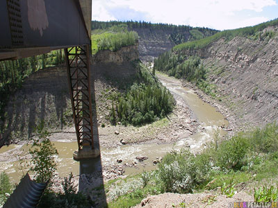 under-the-Kiskatinaw-River-Bridge-unter-der-Bruecke-British-Columbia-Canada-Kanada-DSCN0036.jpg