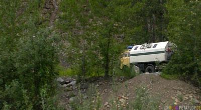 Unimog-Kamenz-Alaska-Highway-Fort-Nelson-British-Columbia-Canada-Kanada-DSCN0066.jpg