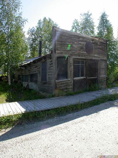 3rd-avenue-complex-Dawson-City-Yukon-Canada-Kanada-DSCN0765.jpg