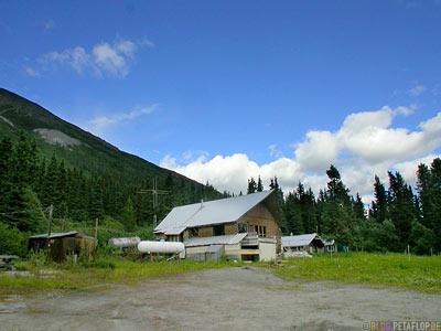 abandoned-house-verlassenes-Haus-Ghost-town-Geisterstadt-Cassiar-British-Columbia-BC-Canada-Kanada-DSCN2347.jpg