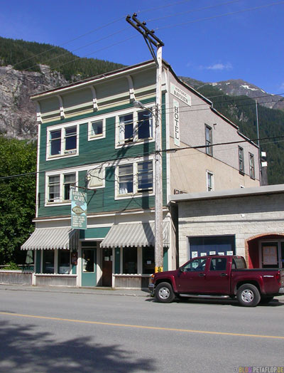 Bitter-Creek-Cafe-Ripley-Inn-Hotel-Motel-Stewart-BC-British-Columbia-Canada-kanada-DSCN2526.jpg