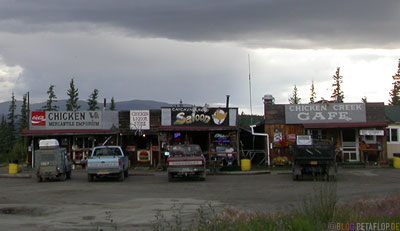 Chicken-Shops-Taylor-Highway-Alaska-USA-DSCN0902.jpg