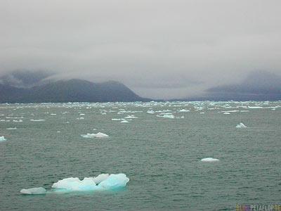 Columbia-Glacier-Gletscher-Icebergs-Eisberge-Eisschollen-Stan-Stephens-Glacier-Cruise-Prince-William-Sound-Valdez-Alaska-USA-DSCN1673.jpg