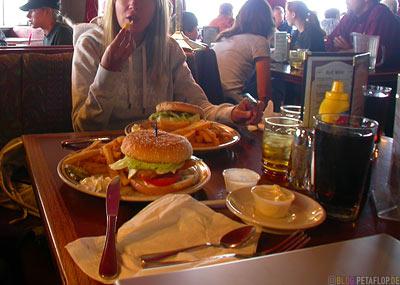 Fast-Eddys-Restaurant-Tok-Alaska-USA-DSCN2183.jpg