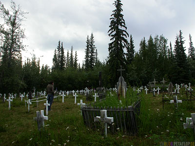 Gravestones-Graveyard-Friedhof-Grabsteine-Dawson-City-Yukon-Canada-Kanada-DSCN0659.jpg