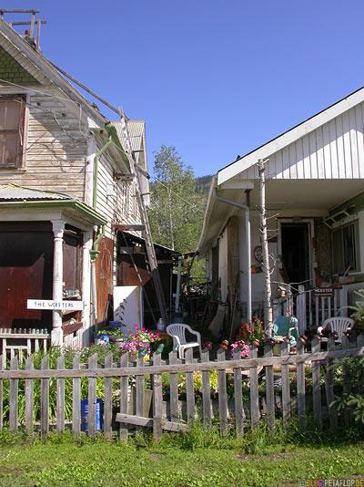 houses-Dawson-City-Yukon-Canada-Kanada-DSCN0719.jpg