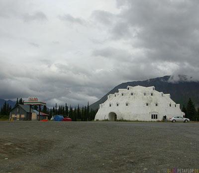 Igloo-Motel-near-Cantwell-abandoned-verlassenes-Iglu-Hotel-Alaska-USA-DSCN1333.jpg