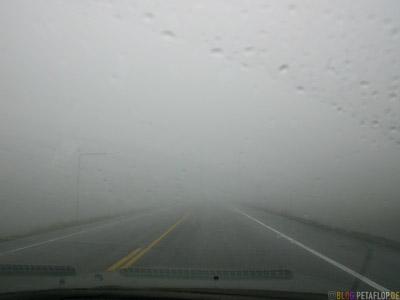 in-the-cloud-fog-in-der-Wolke-Nebel-Glenn-Highway-Alaska-USA-DSCN1528.jpg