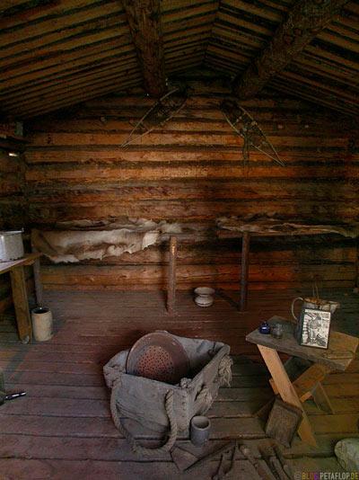 Jack-London-Cabin-Huette-Dawson-City-Yukon-Canada-Kanada-DSCN0701.jpg