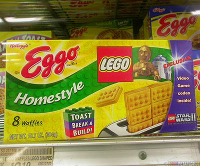 Kellogs-Eggo-Lego-Homestyle-Toast-Break-Build-Brick-waffles-Star-Wars-II-Supermarket-Supermarkt-Valdez-Alaska-USA-DSCN1560.jpg
