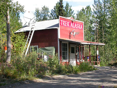 McCarthy-Wrangell-St-Elias-National-Park-Alaska-USA-DSCN2124.jpg