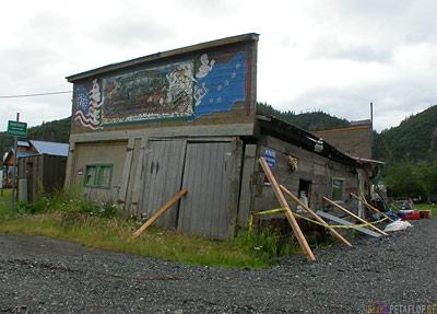 old-ramshackle-hut-alte-Bruchbude-Chitina-Alaska-USA-DSCN1891.jpg