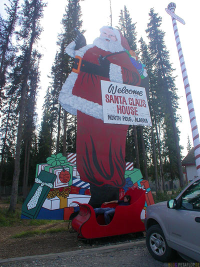 Santa-Clause-Weihnachtsmann-North-Pole-Alaska-USA-DSCN0987.jpg
