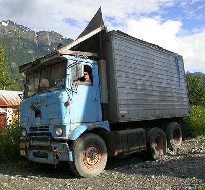Short-Truck-kurzer-Lastwagen-Ghosttown-Geisterstadt-Hyder-Alaska-USA-DSCN2423.jpg