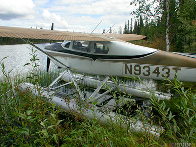 water-plane-Wasserflugzeug-Alaska-USA-DSCN0962.jpg