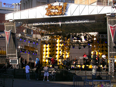 50-Cent-and-band-live-rehearsal-probe-curtis-album-release-behind-Kodak-Theatre-Hollywood-Boulevard-Los-Angeles-USA-DSCN5489.jpg