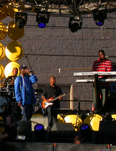 50-Cent-and-band-live-rehearsal-probe-curtis-album-release-behind-Kodak-Theatre-Hollywood-Boulevard-Los-Angeles-USA-DSCN5490.jpg