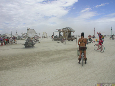 Burning-Man-2007-Friday-Freitag-Black-Rock-Desert-Nevada-USA-DSCN4382.jpg